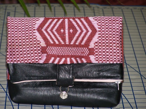 Royal Valentine Clutch (closed front)