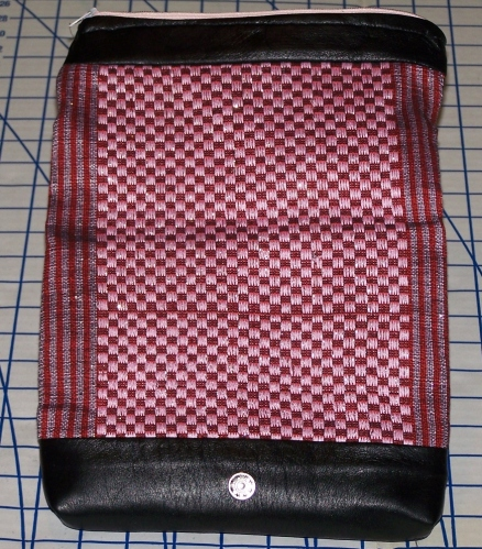 Royal Valentine Purse (front open)