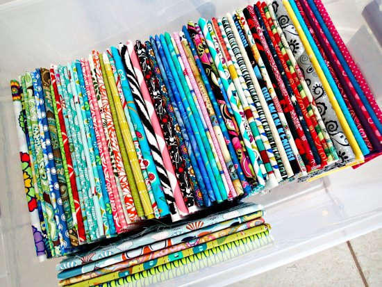 sewing tip use magazine boards to organize fabric