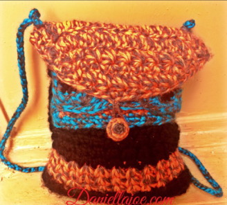 Crochet Handbag - http://daniellajoe.com/2015/11/17/tw-bag-cal-finished - http://daniellajoe.com/2015/11/17/tw-bag-cal-finished/