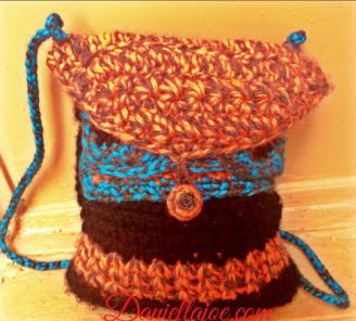 Crochet Handbag - http://daniellajoe.com/2015/11/17/tw-bag-cal-finished - http://daniellajoe.com/2015/11/17/tw-bag-cal-finished/
