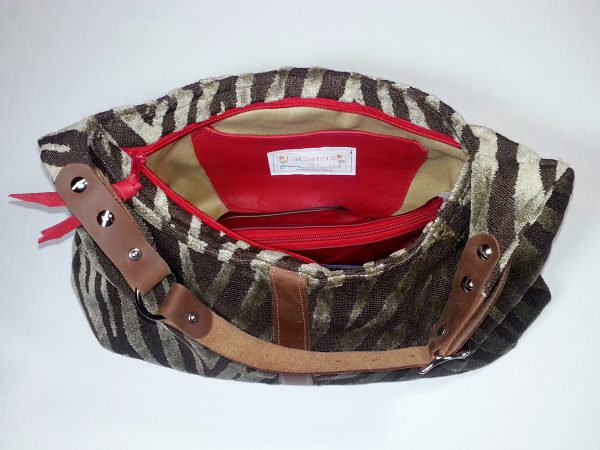 Hobo Handbag inside slip pocket