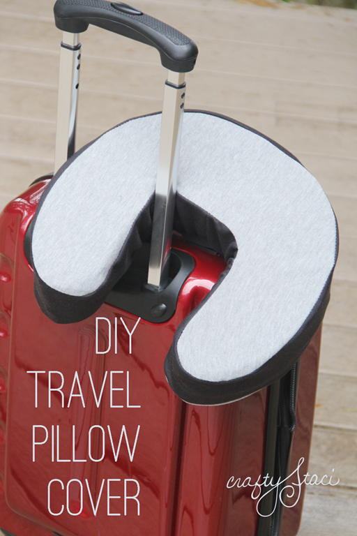 diy-travel-pillow-cover-by-crafty-staci