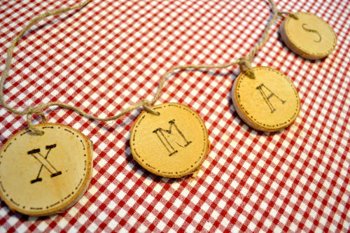 diy-xmas-wood-slices
