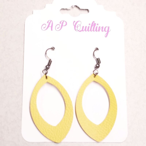 Earrings_