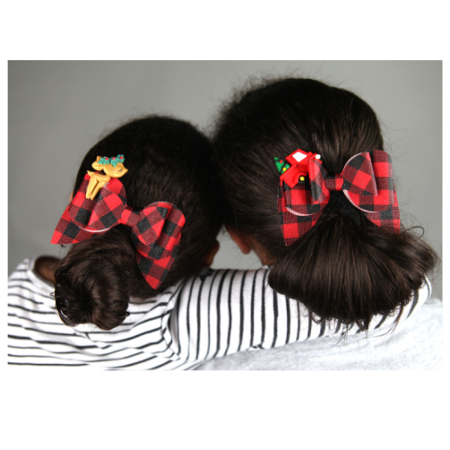 Girls with matching bows